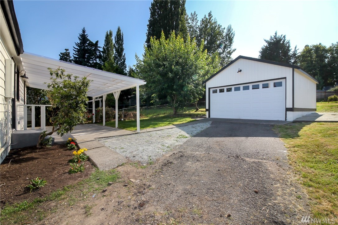 13715 37th Ave S-23