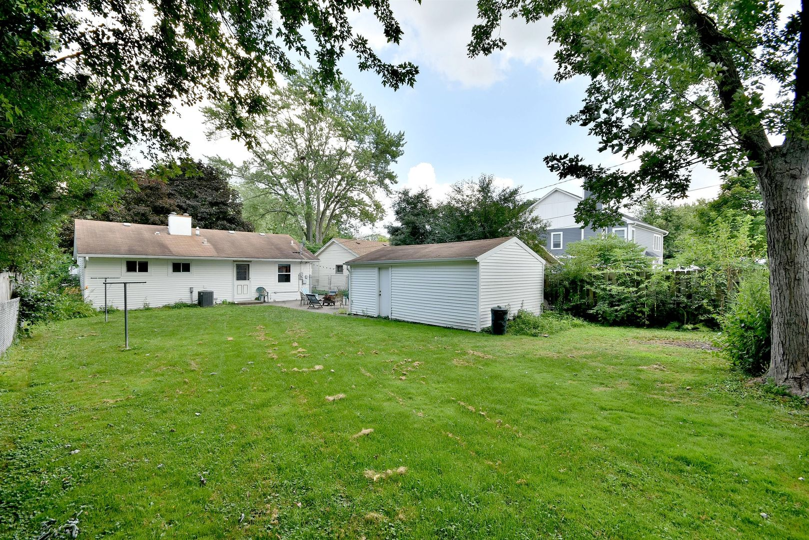 5704  plymouth Street-14