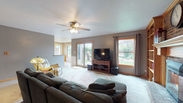 307 South Carriage Trail-12
