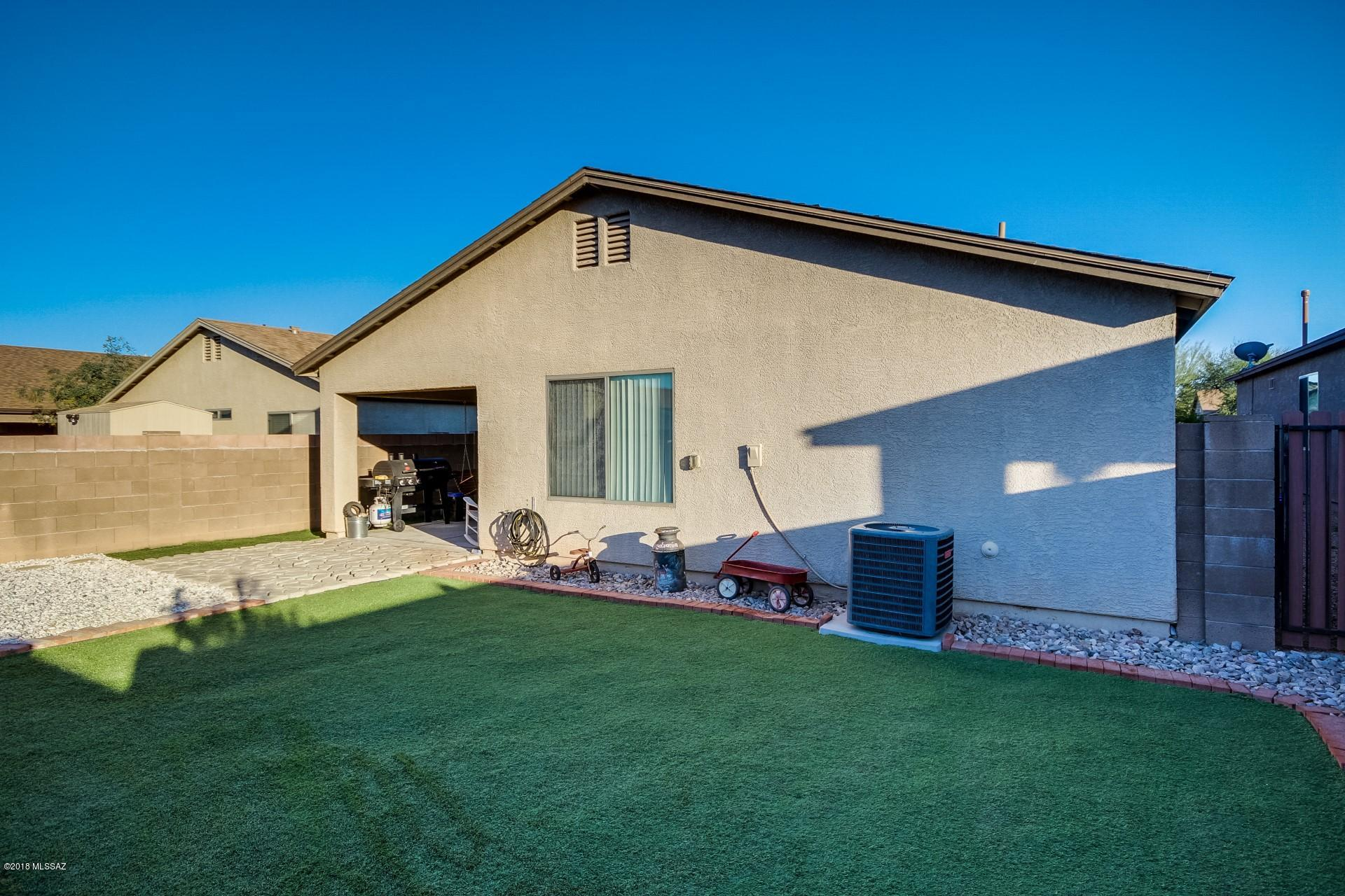 7240 S Millers Tale Drive-17