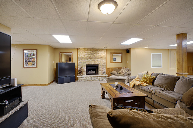 12059  Holly Court-27