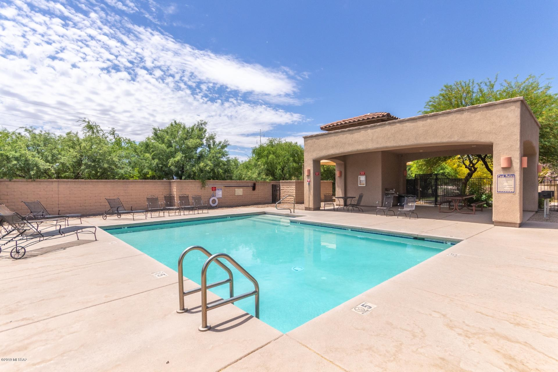 2256 W Floral Cliff Way-27