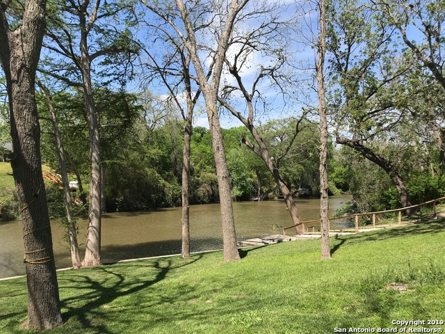 355  Guadalupe River Dr-6